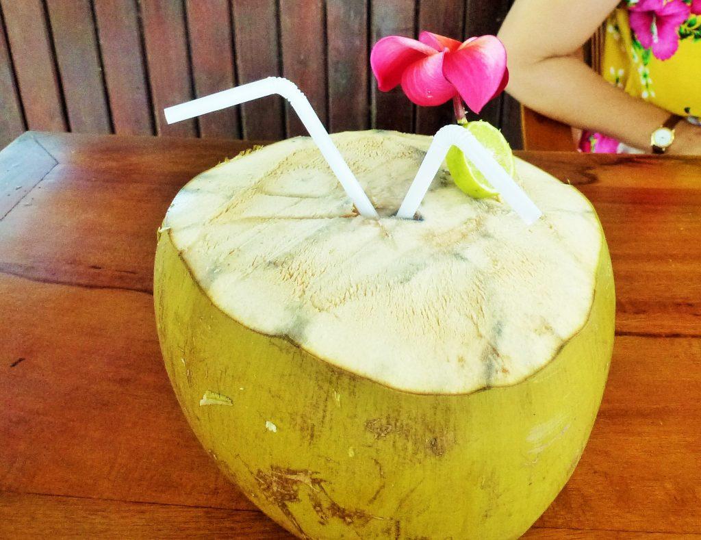 kelapa muda street food indonesia