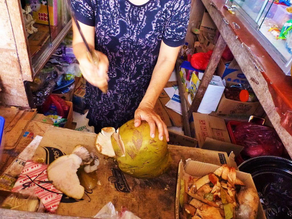 kelapa muda3 street food indonesia