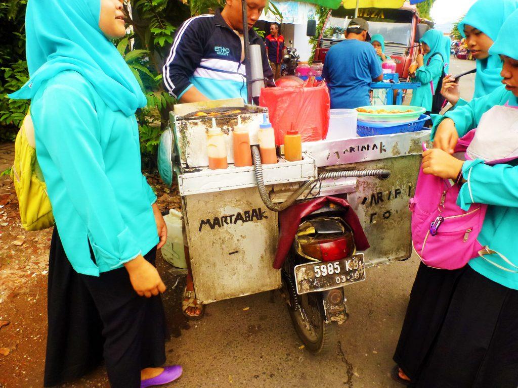 martabak telor2 street food indonesia