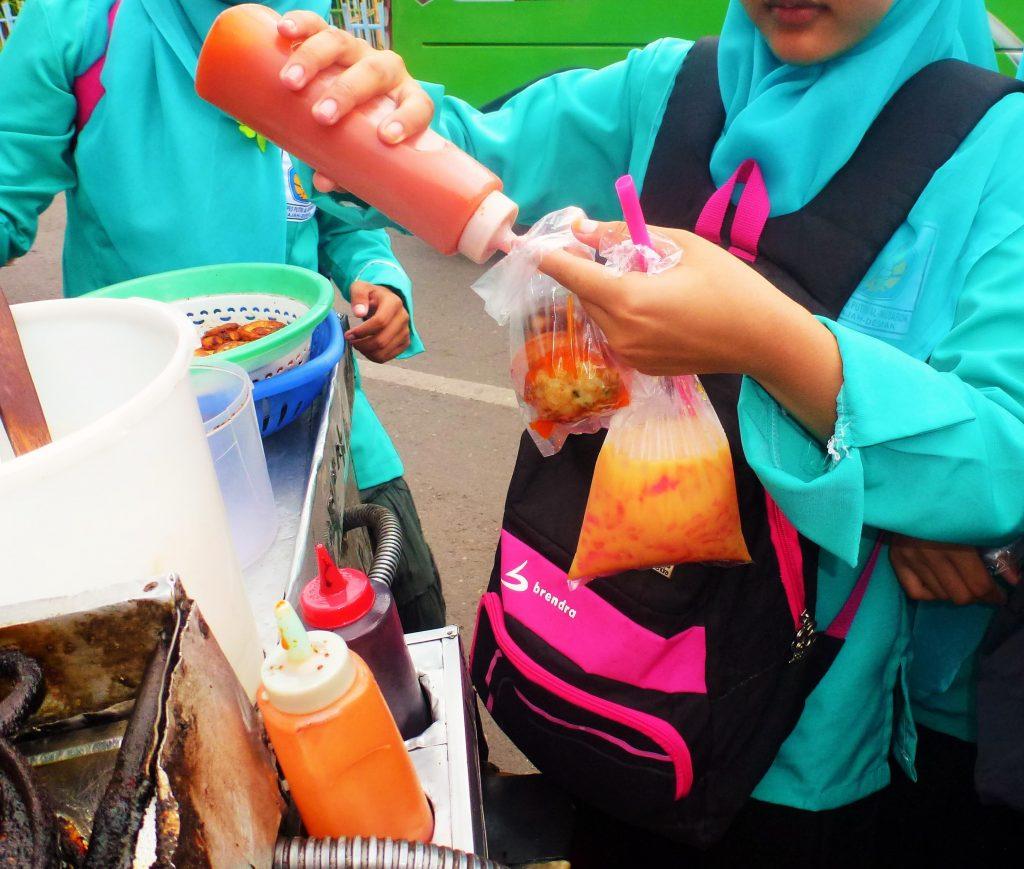 martabak telur 3 street food indonesia