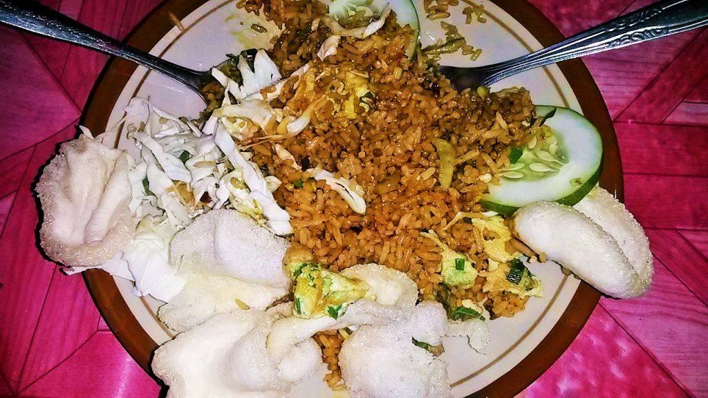 nasi goreng street food indonesia