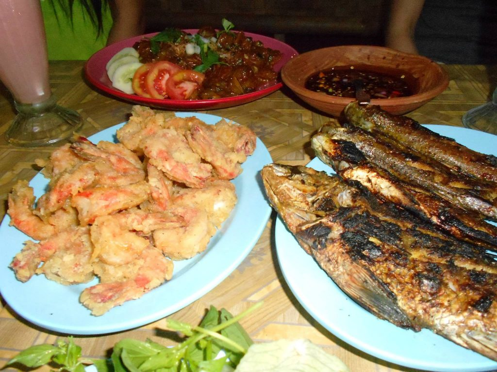 pesce griglia fish street food indonesia